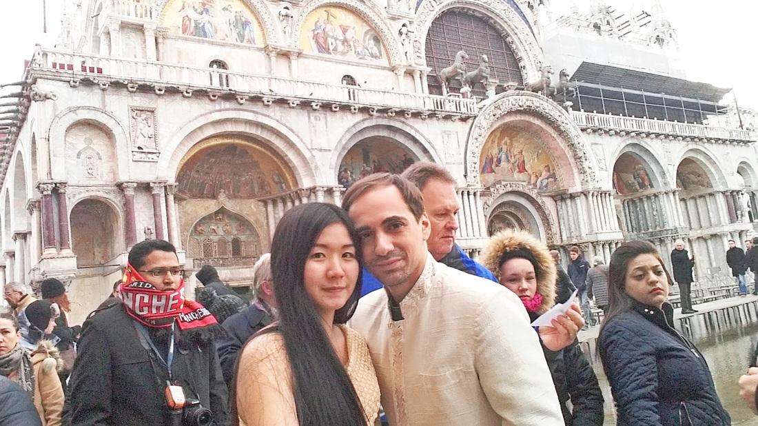 Venice San Marco Square - Mai and Andrew posing in Thai wedding traditional clothes